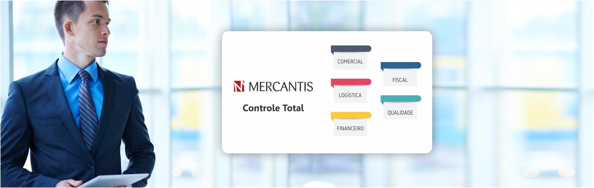 executivo lendo a placa controle total do Mercantis